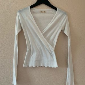 White V neck too with ruffles details